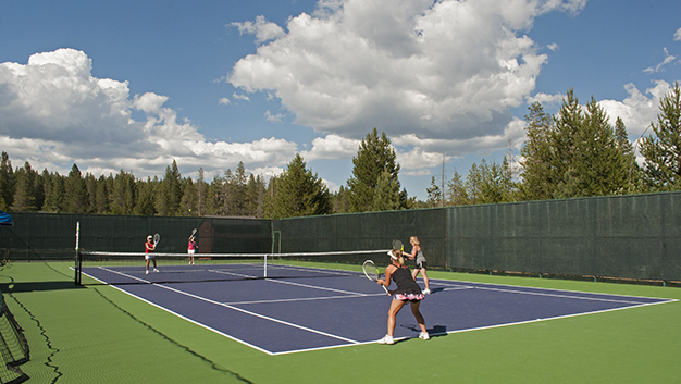 tennis_burgerbash_astetz_july2014_34 image