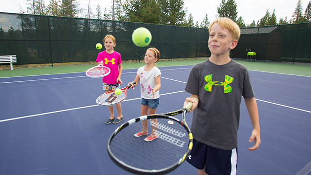 tennis_kidslessons_dhougard_aug2013_01 image